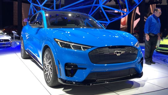 8 standout cars guaranteed to draw crowds—and intrigue—at the LA Auto Show
