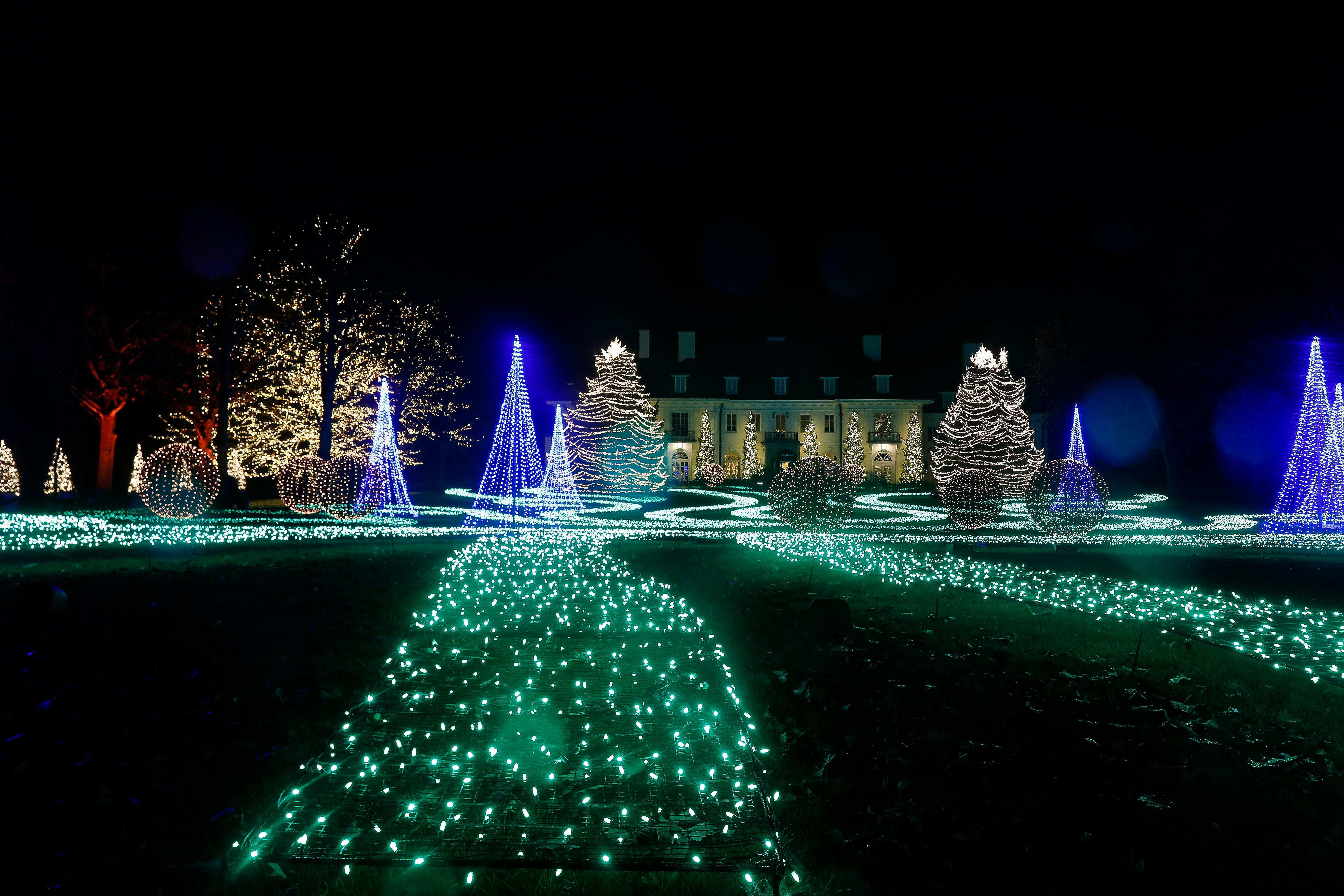 Christmas Lights Indianapolis 2020 Newfields Winterlights 2020: How to get tickets and what to know