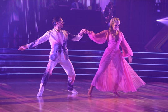 Lauren Alaina dances with partner Gleb Savchenko in the finals.