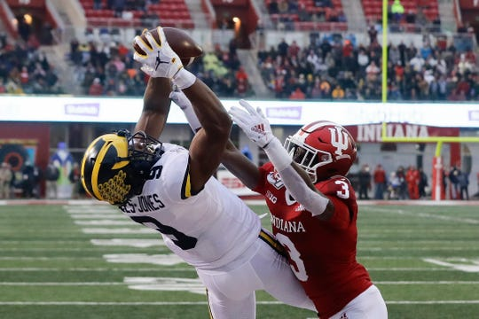 Michigan's Donovan Peoples-Jones makes a touchdown reception against Indiana defensive back Tiawan Mullen.