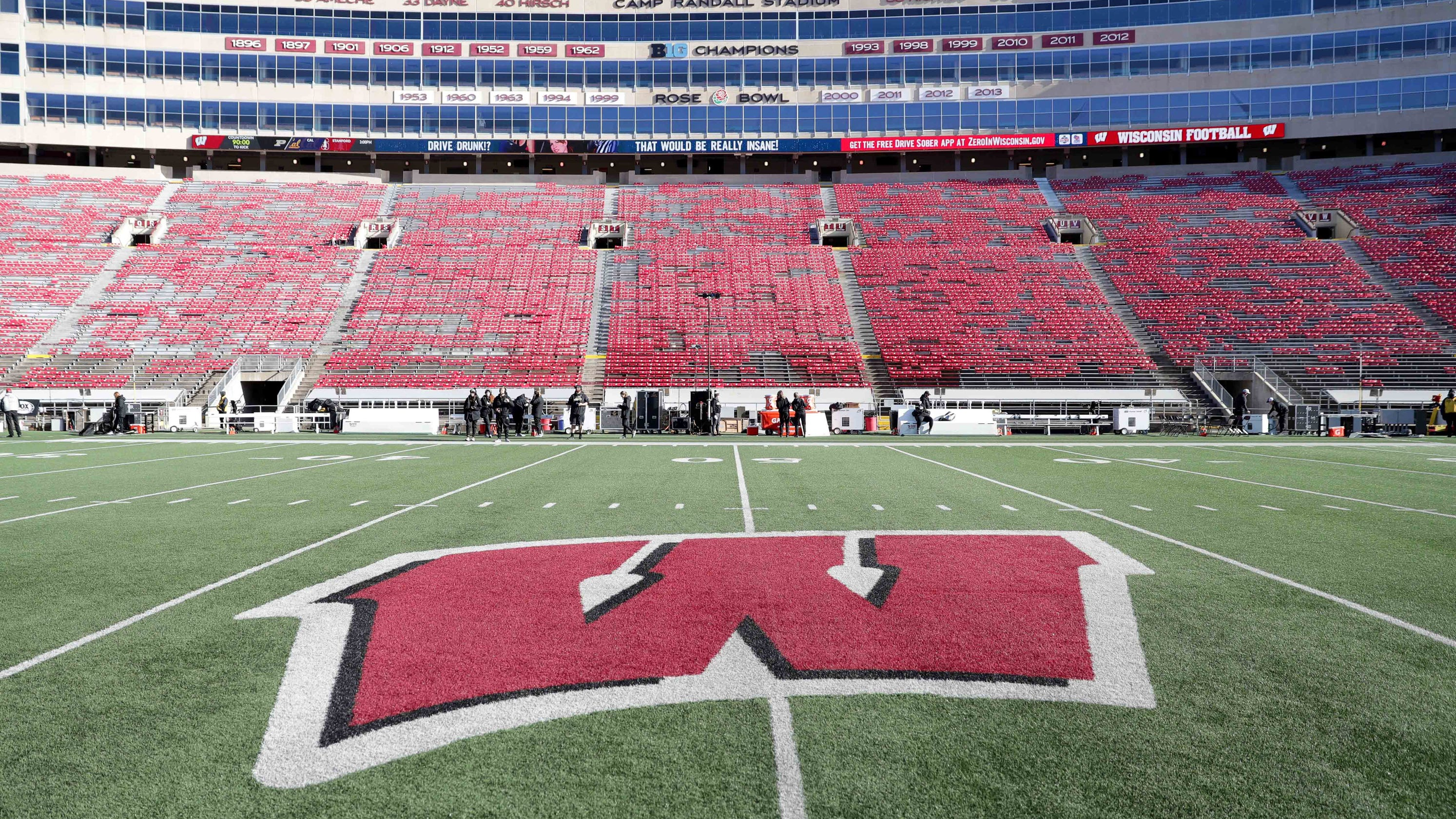 Big Ten set to shut down its 2020 football season because of COVID-19. Can the league hold a season in the spring?
