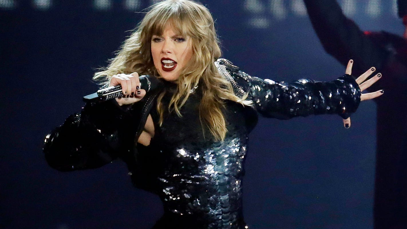 American Music Awards, Hong Kong elections: 5 things to know this weekend