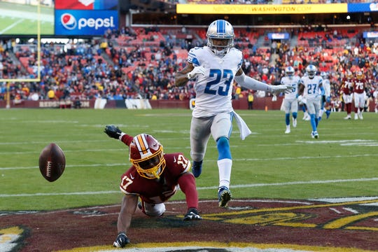 Terry McLaurin attempts to catch a pass as Darius Slay defends in the fourth quarter.