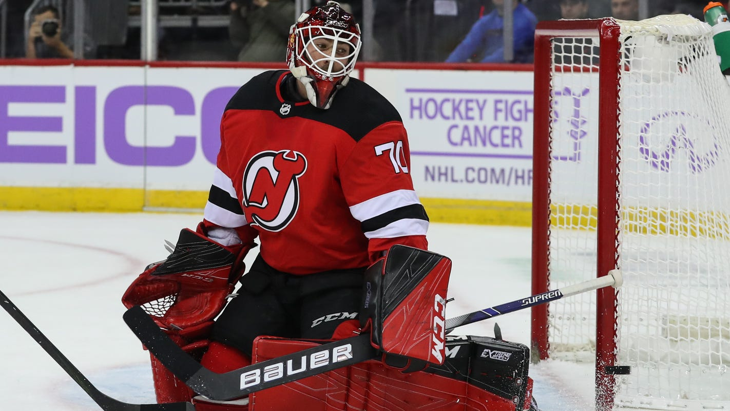 Nj Devils Lineup Louis Domingue Gets 2nd Straight Start