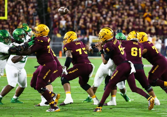 Oregon and Arizona State are early favorites in the Pac-12 for the 2020 college football season.