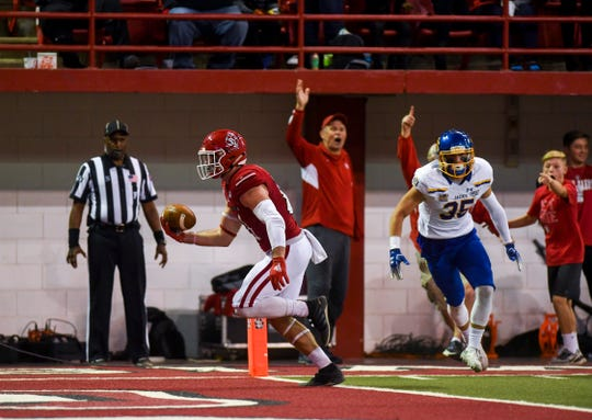 USD tight end Brett Samson (81) scores a touchdown during the game against SDSU on Saturday, Nov. 23, 2019, at the DakotaDome in Vermillion.