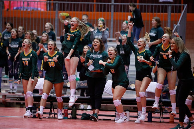 November 22, 2019; Rapid City, SD, USA; Northwestern bench reacts vs. Faulkton Area at the 2019 South Dakota State Volleyball Championships at the Rushmore Plaza Civic Center in Rapid City, S.D.