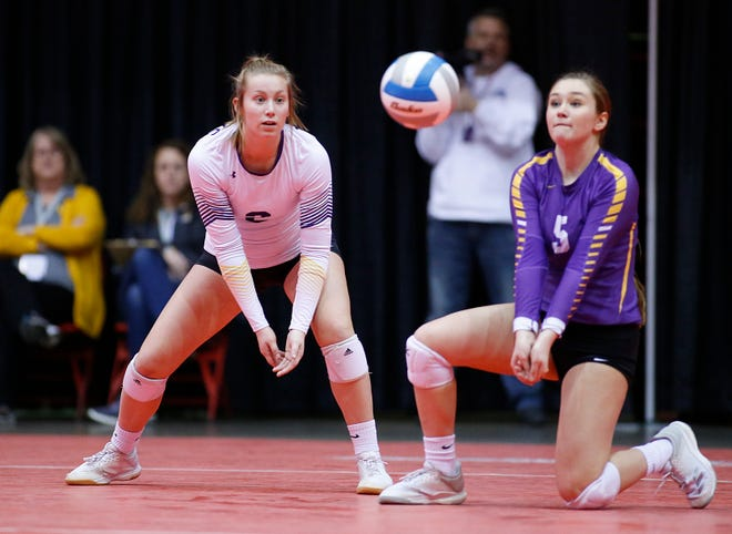 Watertown's Abby Bramer and Delaney Heller watches the ball vs. O'Gorman at the 2019 South Dakota State Volleyball Championships at the Rushmore Plaza Civic Center in Rapid City, S.D. (Richard Carlson/Inertia