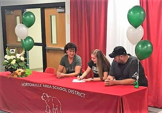Maggie Rohde of Hortonville signed a National Letter of Intent to play volleyball at UW-Parkside.