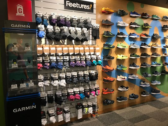 Running Lab is participating in Small Business Saturday with deals on shoes, socks and apparel.