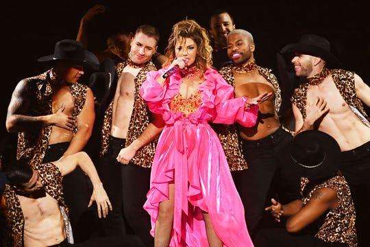 Shania Twain durante su presentación en los AMA's 2019.