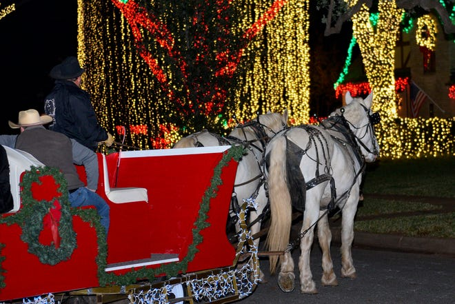 The PTL Horse Drawn Carriage Rides begin offering rides through the Country Club from 6:30 to 10:30 p.m. beginning at the Forum, while the newly renamed Polar Bear Express continues offers rides beginning at 6 p.m. to 10 p.m. (weather permitting) starting at Midwestern State University. In the middle of December, each service will offer earlier rides