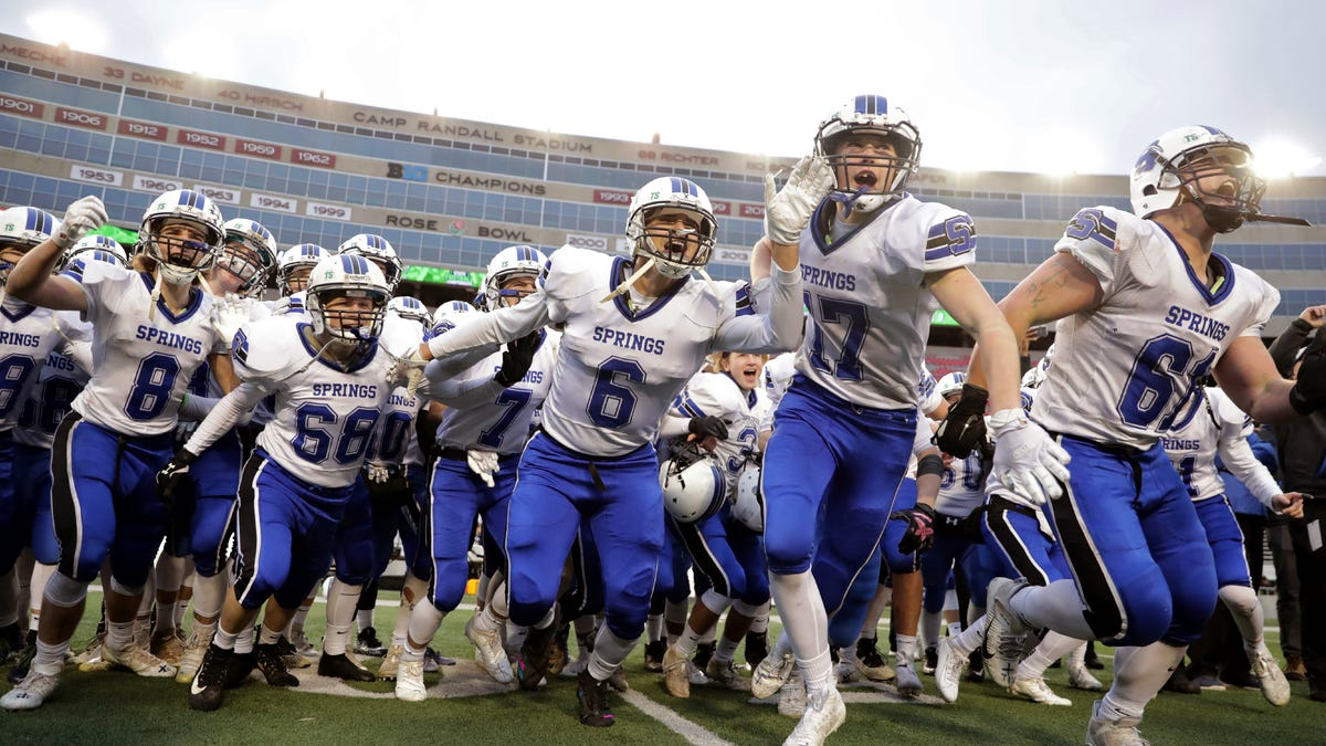 These are the 18 best high school football programs in Wisconsin history