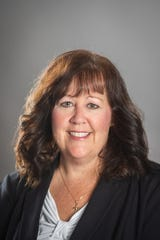 Dr. Kelly Kleinhans, clinical associate professor