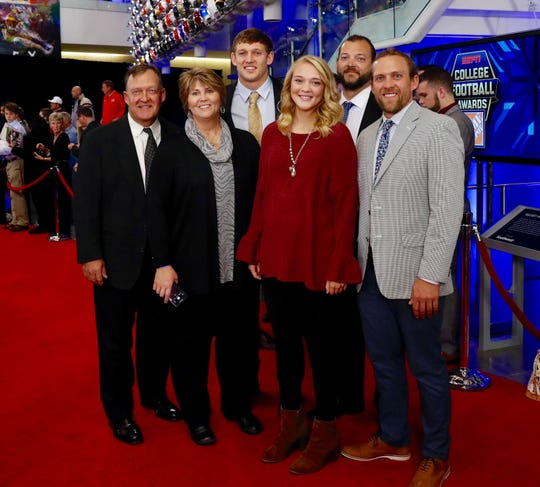 From left, Tod, Teri and T.J. Hockenson at the ESPN Home Depot College Football Awards in December 2018 in Atlanta.