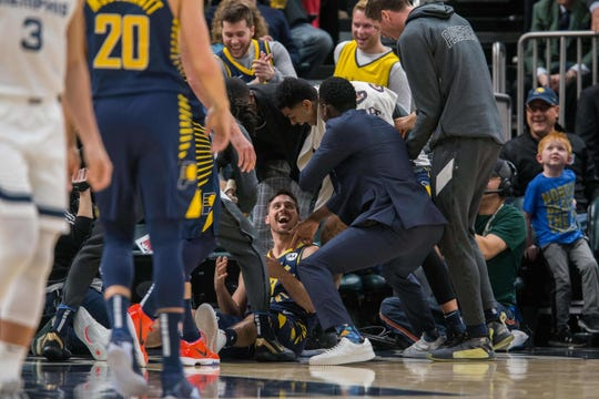 Nov 25, 2019; Indianapolis, IN, USA; Indiana Pacers bench celebrates a shot made by Indiana Pacers guard T.J. McConnell (9) in the second half against the Memphis Grizzlies at Bankers Life Fieldhouse. Mandatory Credit: Trevor Ruszkowski-USA TODAY Sports