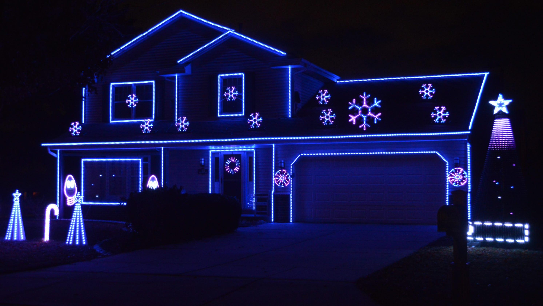 Christmas: South Milwaukee's Lights on
