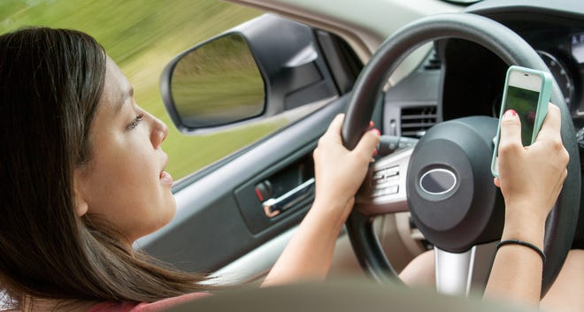 Texting while driving is a primary offense in Florida.