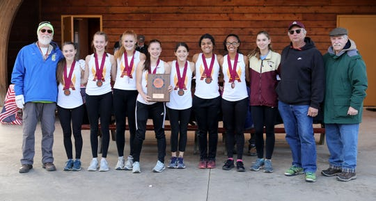 The Arlington High School girls cross country team placed in third in the New York State Federation Cross Country Championships at Bowdoin Park in Wappingers Falls on Saturday.