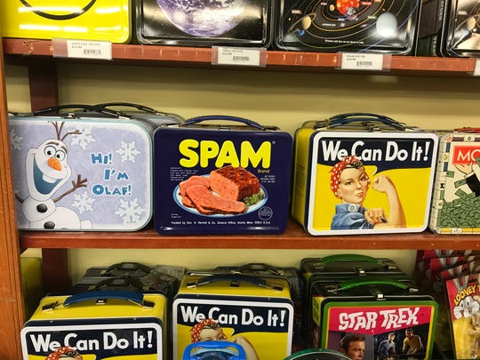 Lunch boxes at Vidler's 5&10.