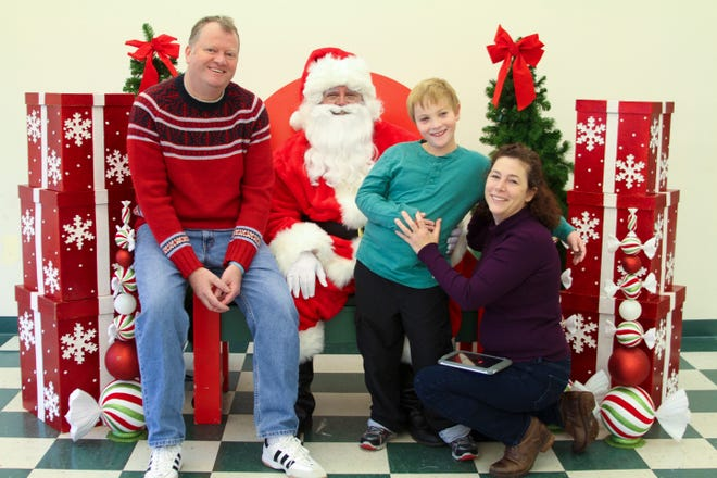 Photos with Santa will take place at the Somerset County Park Commission Therapeutic Recreation Center, 355 Milltown Road in Bridgewater on Sunday, Dec.8.