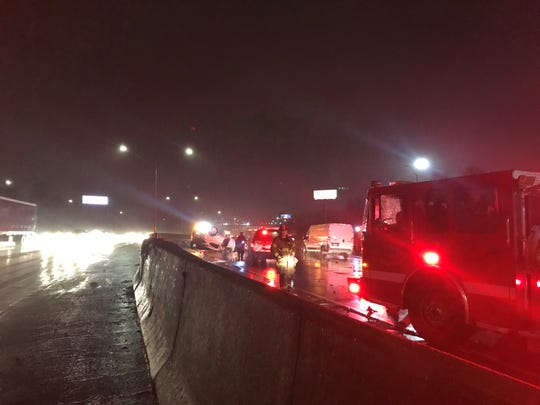 A rollover crash on northbound Interstate 75 near Holbrook snarled traffic early Wednesday morning.