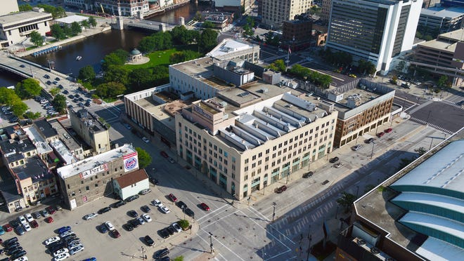 Looking southeast at the Milwaukee Journal Sentinel building at 333 W. State St.