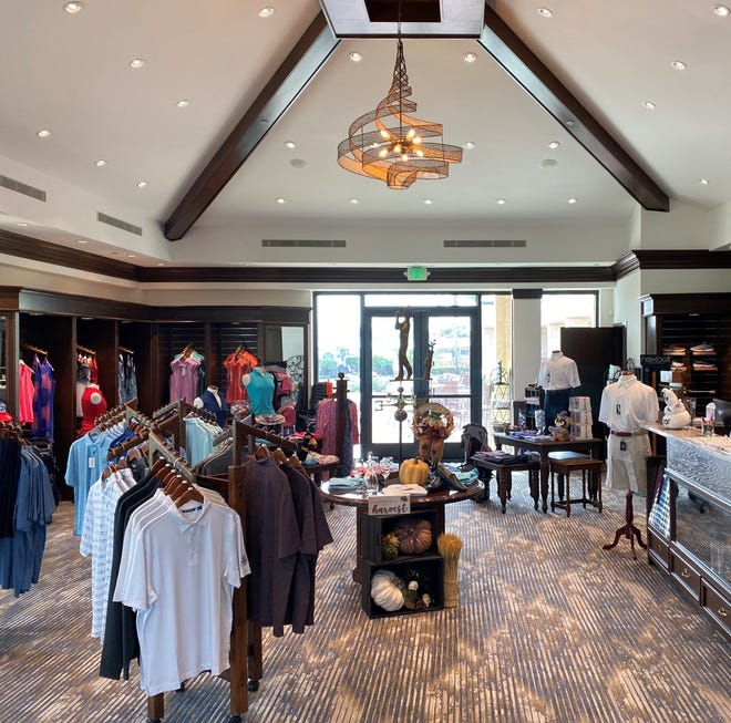 Vineyards Country Club has announced the completion and reopening of the newly renovated golf pro shop.