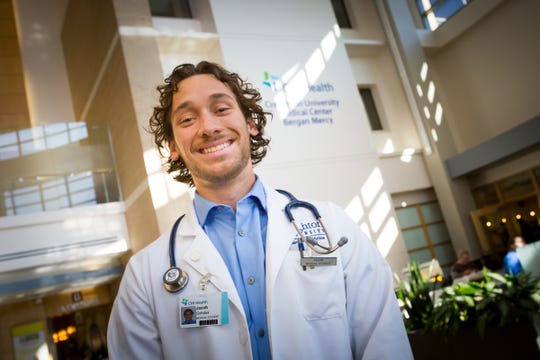 Jacob Gohdes, whose former career as a chemical and biochemical engineer involved bioethics, pharmaceuticals, software and process engineering, is now on track to become a physician after enrolling at the Creighton University School of Medicine.