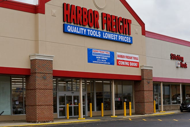 Harbor Freight is taking over the former Dunham's Sports space in the Gateway Shopping Center on Richmond's east side.