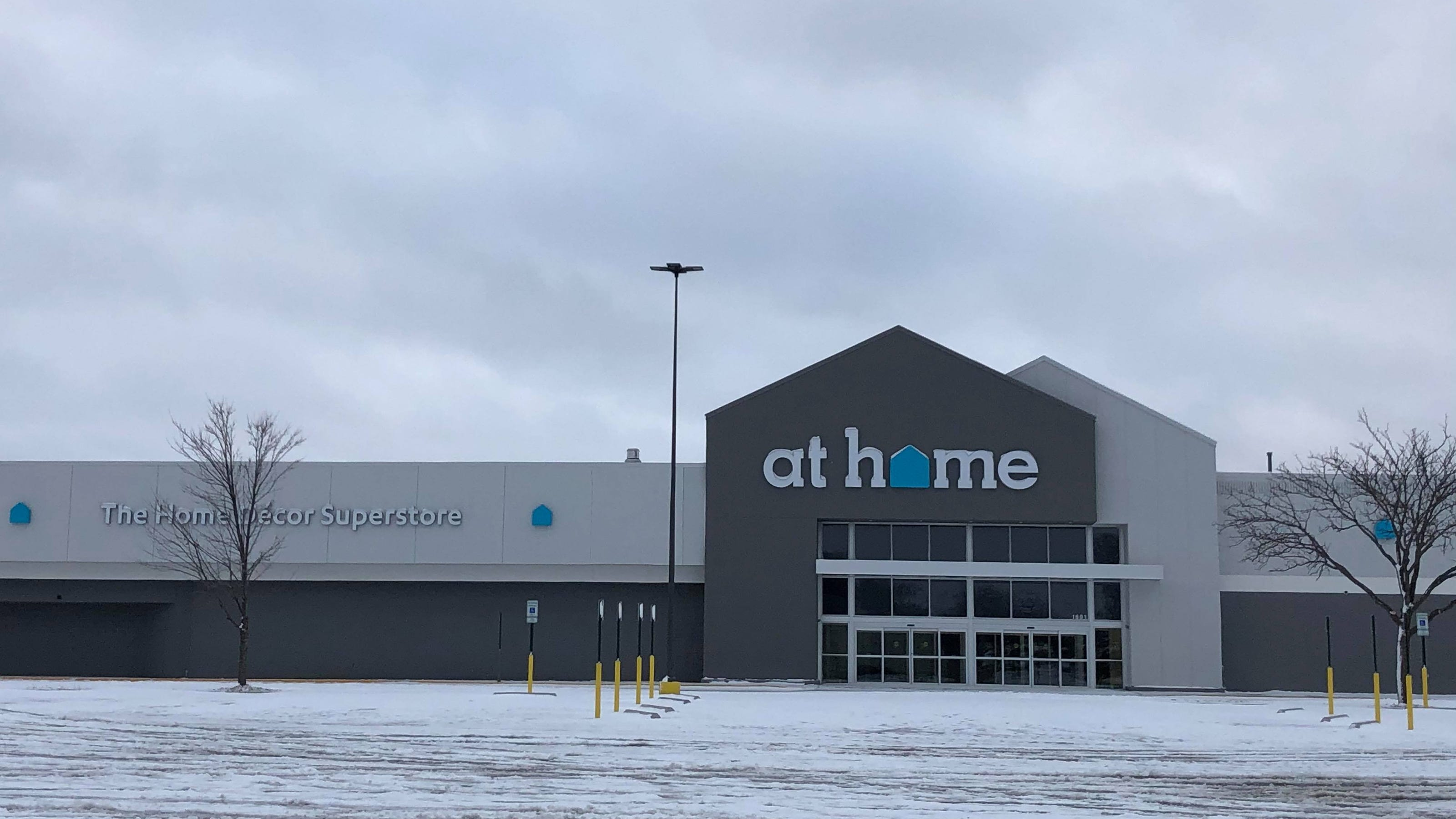 Home Decor Superstore Sets Opening Date