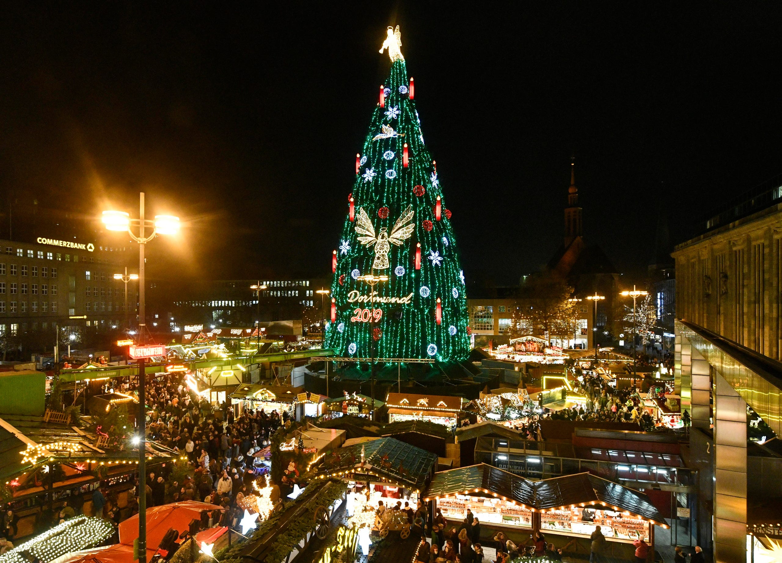 German Christmas Markets Kick Off Holiday Season With Food Fun Decor