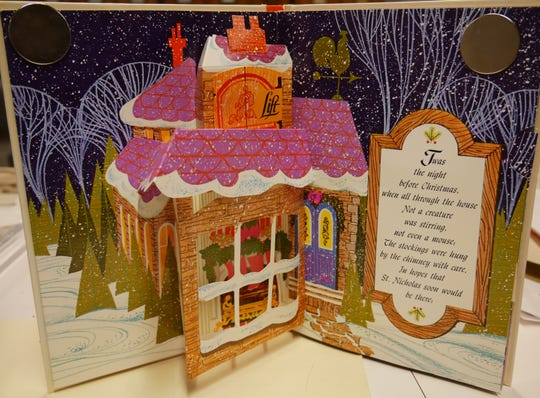 "Former Des Moines Public Library Director Elaine Estes will share her collection of more than 150 illustrated copies of ""The Night Before Christmas."""