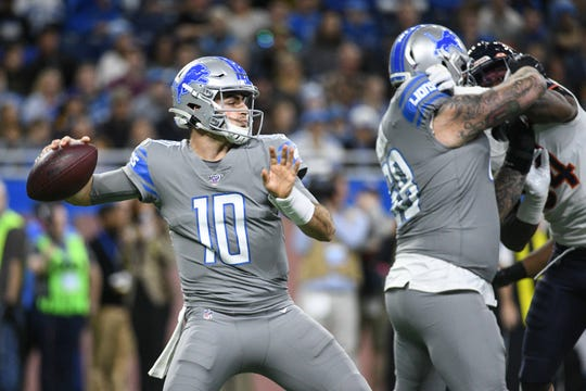 Detroit Lions quarterback David Blough (10) drops back to pass during the first quarter against the Chicago Bears at Ford Field.