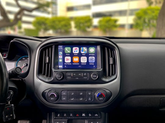 This undated photo provided by Edmunds shows the updated Apple CarPlay smartphone interface. (Ronald Montoya/Edmunds via AP)