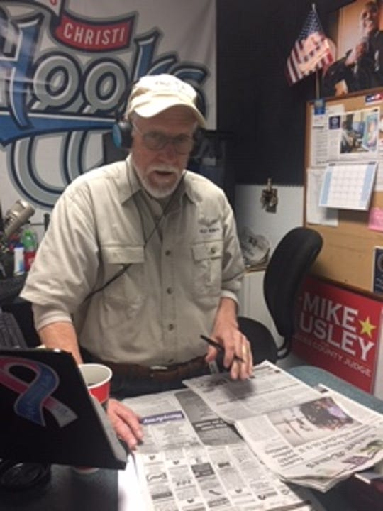Longtime talk radio host Jim Lago finds many a bone to pick in newspapers — and with newspapers.