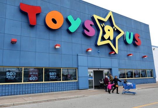The exterior of the Toys R Us in Windsor, Ontario, Canada on Friday, November 29, 2019. 