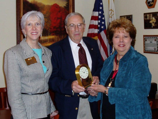 From left: Marge Bingham, Bill Whitson, Carolyn Campbell. Marge Bingham, the new Lt. Governor for District 18, which includes both Brentwood and Franklin recently installed Bill Whitson as the 2006-2007 President of the Kiwanis club of Cool Springs. Also present was Carolyn Campbell the immediate past present.