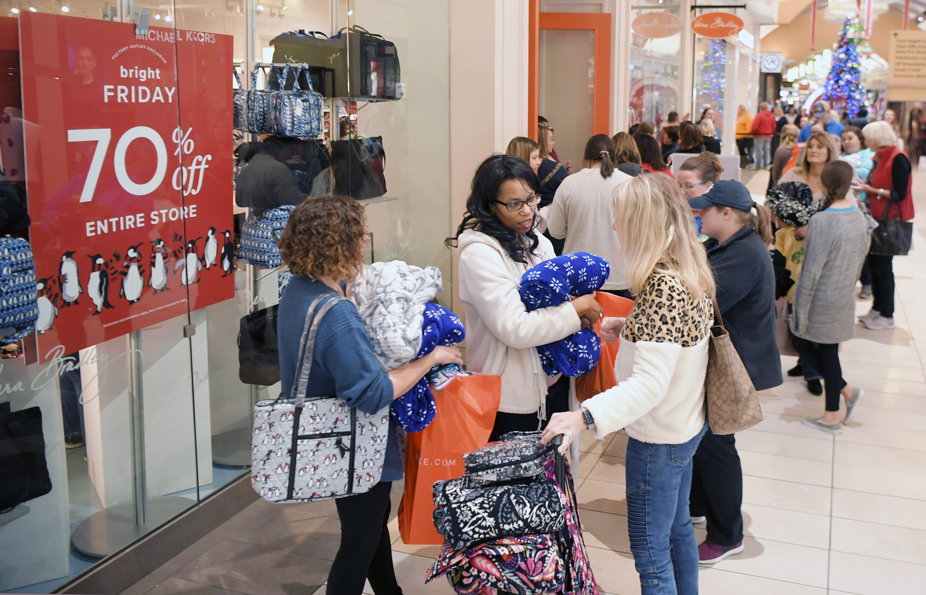 What Stores Are Open For Black Friday Thanksgiving Shopping In 2020