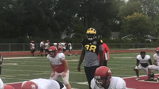 Former Michigan quarterback Devin Gardner practices with the St. Clair Shores Lake Shore football team in 2018.