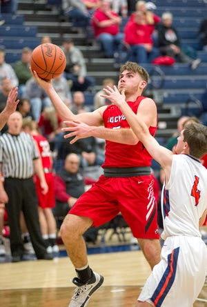 Mike Wise was an Honorable Mention All-N10 and District 6.