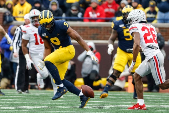 Michigan receiver Donovan Peoples-Jones drops a pass vs. Ohio State during the second half at Michigan Stadium, Saturday, Nov. 30, 2019.