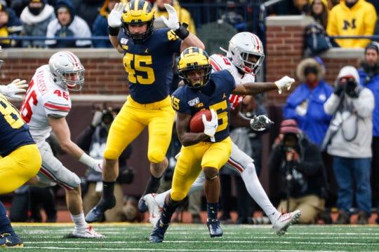 Michigan receiver Giles Jackson runs against Ohio State during the second half at Michigan Stadium, Saturday, Nov. 30, 2019.