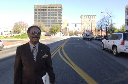 State Sen. Ralph Anderson Tuesday, Dec. 18, 2001.