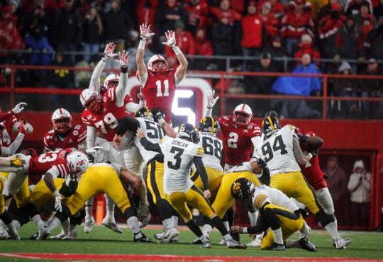 Keith Duncan's 29th successful field goal of the season, with 1 second left, lifted Iowa to a 27-24 win at Nebraska.