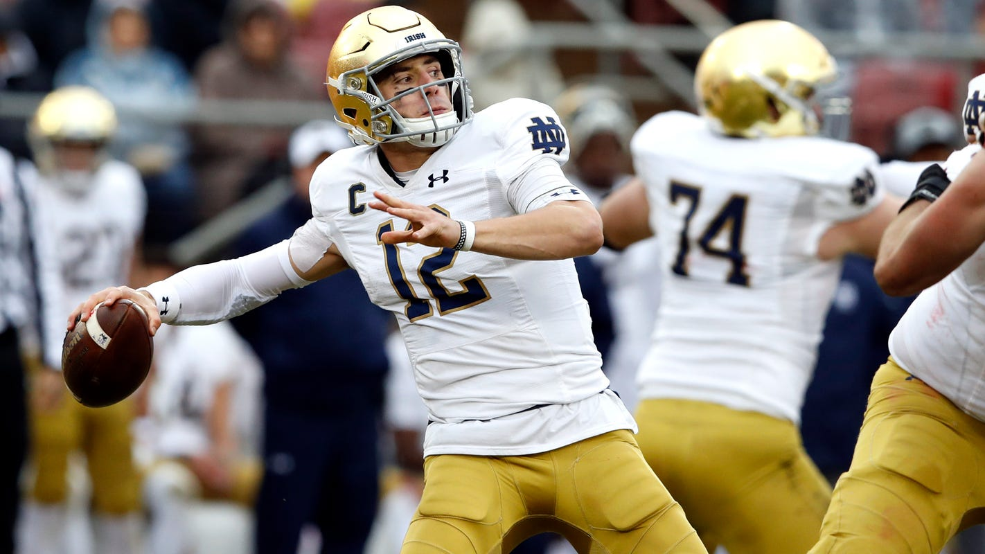 Notre Dame's Ian Book displays 'stillness' in Northern California homecoming
