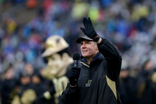 Mark Herrmann, Purdue alumni and former Denver Broncos leads the Shout during the fourth quarter of a NCAA football game, Saturday, Nov. 30, 2019 at Ross-Ade Stadium in West Lafayette.