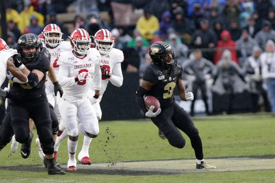 Purdue wide receiver David Bell (3) runs the ball during the first quarter of a NCAA football game, Saturday, Nov. 30, 2019 at Ross-Ade Stadium in West Lafayette.