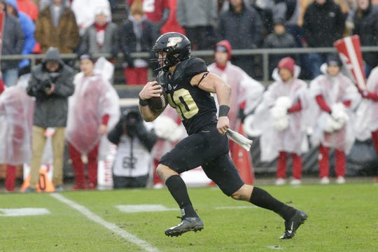 Purdue running back Zander Horvath (40) runs the ball during the second quarter of a NCAA football game, Saturday, Nov. 30, 2019 at Ross-Ade Stadium in West Lafayette.