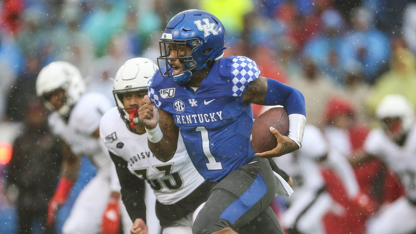 Keep track with all the Kentucky football players' postseason honors